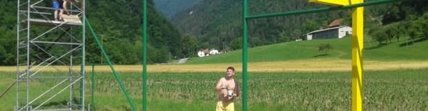 Člani NK Radeče pomagajo pri obnovi igrišča na Jagnjenici